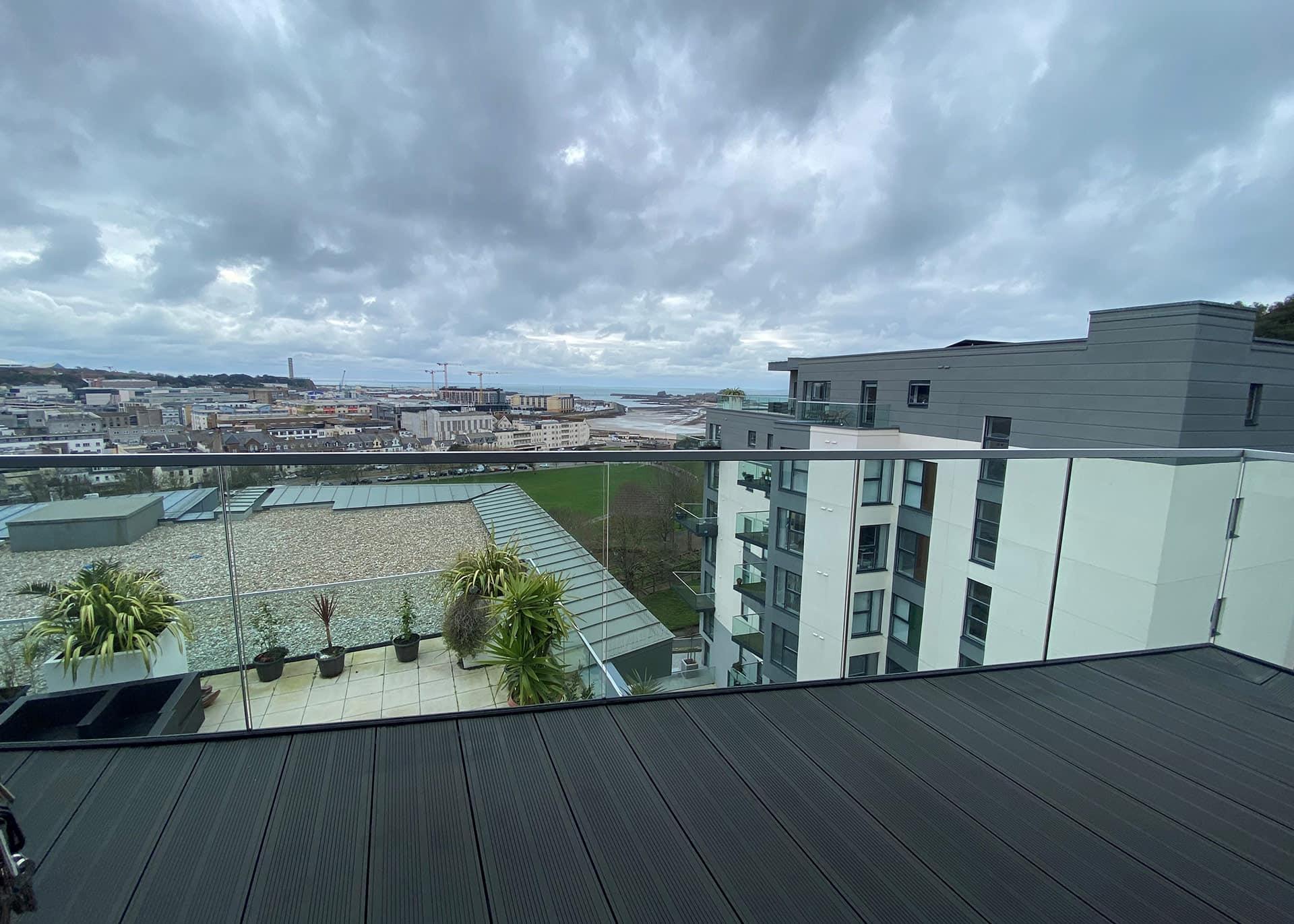 B904-balcony-Westmount