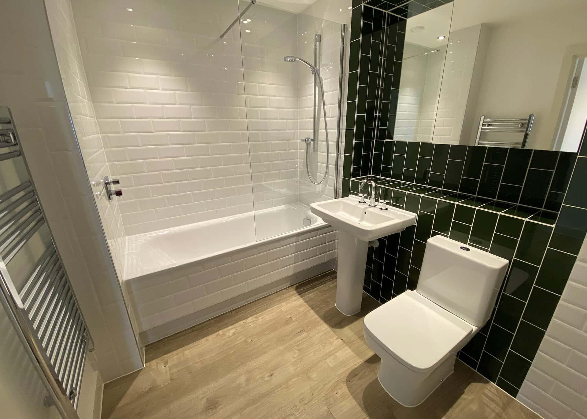 B904-bathroom-Westmount
