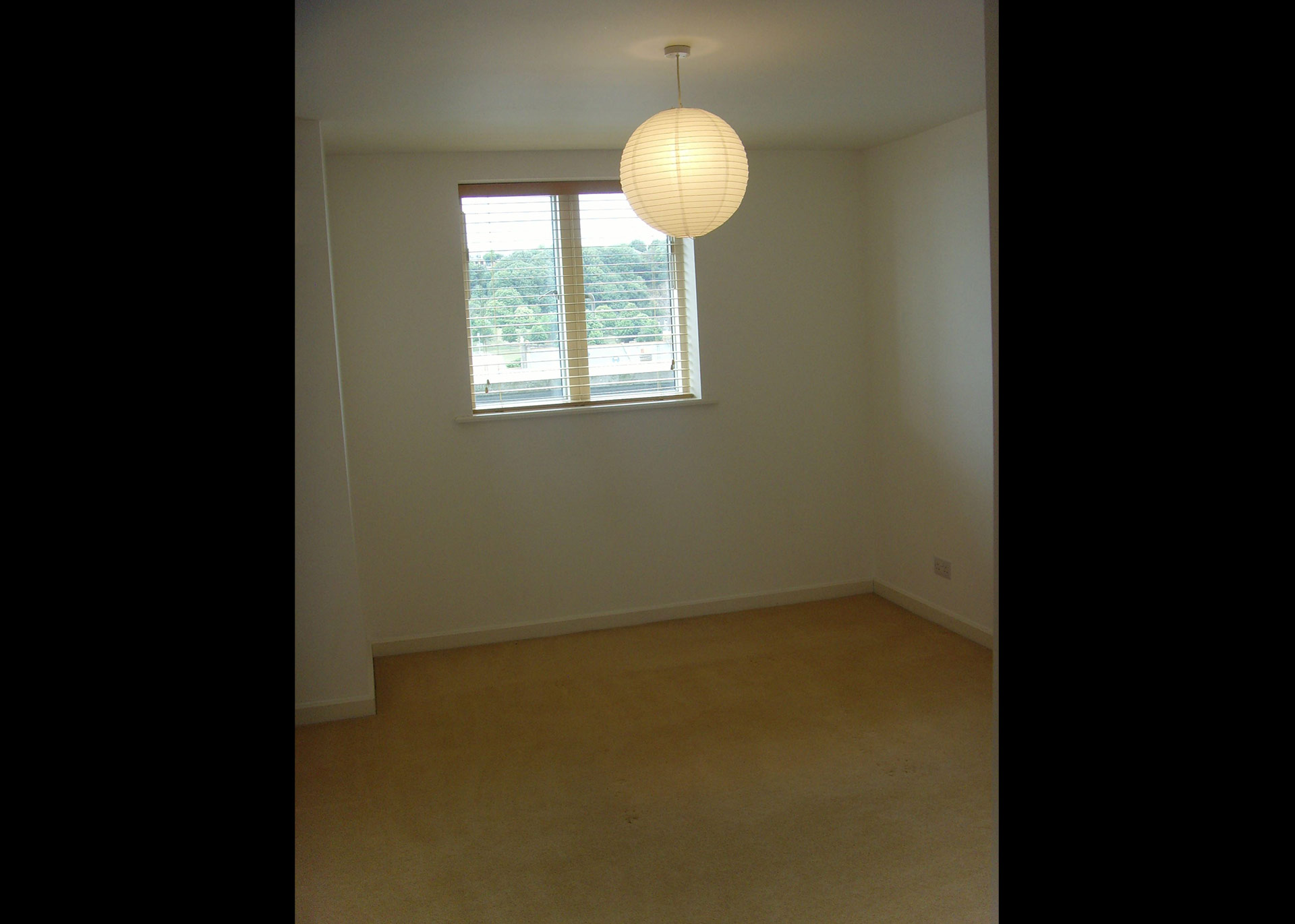 Century Buildings - Bedroom apartment for rent