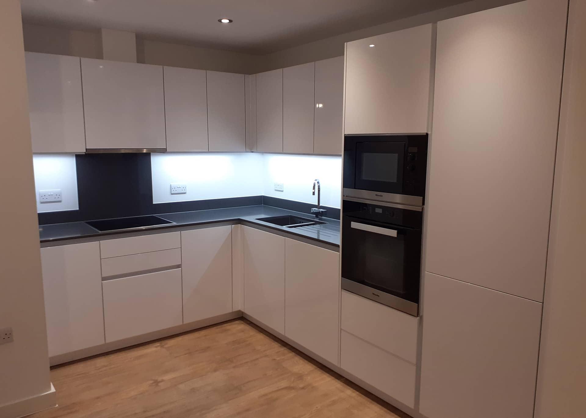 w1 apartment 501 Westmount kitchen