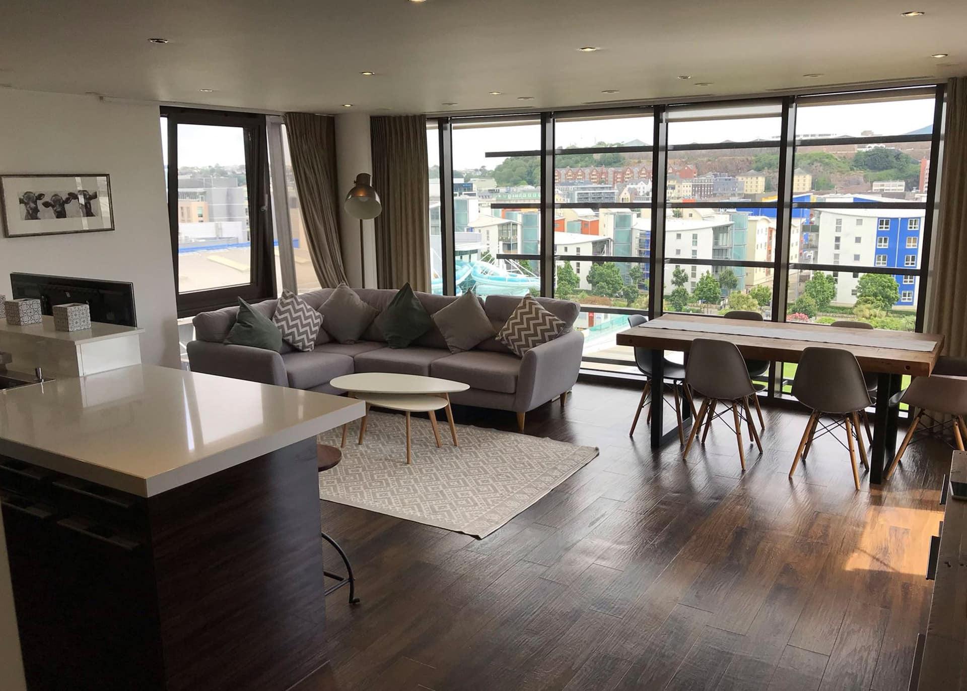 B517 Millais House Castle Quay lounge