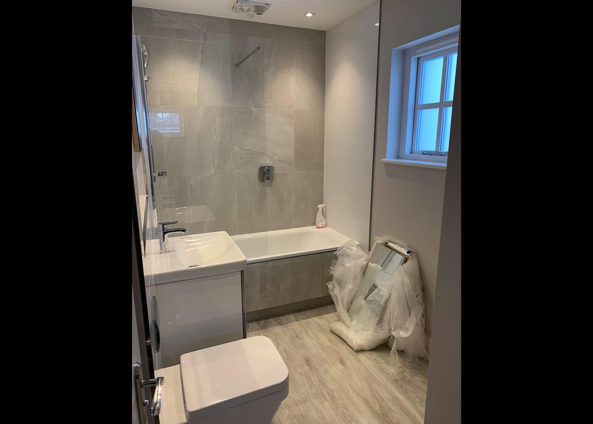 Mimosa Cottage bathroom